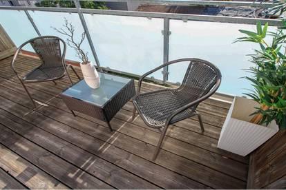 Erstbezug beim Augarten: 2 Zimmer-Dachgeschoss-Wohnung mit Loggia