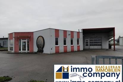 Büroräumlichkeiten inkl. Verkaufsraum mit großer Garage und extra Halle