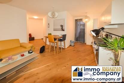 Uni - LKH: neuwertige Zwei-Zimmer-Wohnung im letzten Stockwerk!!!