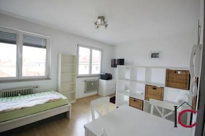 Garconniere/Kleinwohnung in Wohn- und Geschäftshaus in Zentrumsnähe