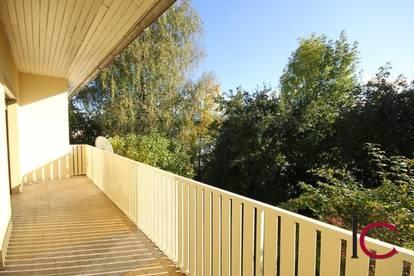 Reizende Dreizimmerwohnung mit Balkon und Gartennutzung in schönem Zweifamilienhaus