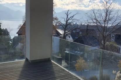 Luxus-Villen-Etagen-Wohnung im Villenviertel