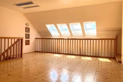 großzügige Wohnung im Zentrum von Mondsee mit Badeplatz-Anteil