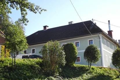 Frisch renovierte Wohnung im Bauernhaus - ERSTBEZUG