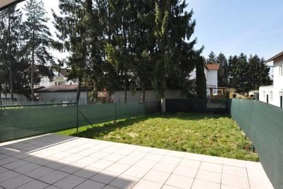 Moderne Maisonettenwohnung mit Terrasse und eigenem Garten