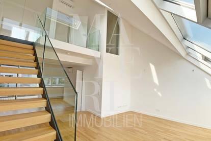 Dachgeschoßwohnung mit Balkon und Klimaanlage in schönem Stilhaus - unbefristet