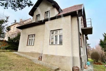 renovierungsbedürftiges Einfamilienhaus mit Erweiterungspotenzial