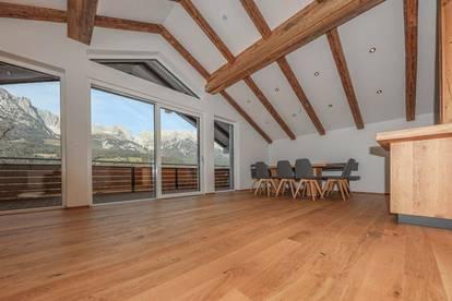 Exklusive Dachgeschossmaisonette mit Kaiserblick