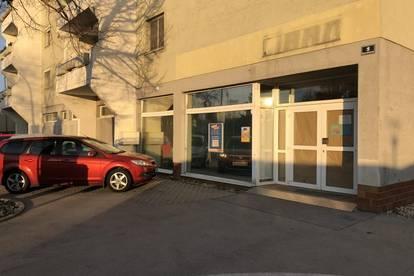 Geschäftslokal mit rund 570 m² zu vermieten