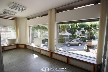 5700 Zell am See: Zentrum, 58 m² Geschäftslokal /Büro / Kanzlei mit 3 großen Schaufenstern in der Franz Josef Strasse / ab Juni 2020 zu vermieten !! TOP 1