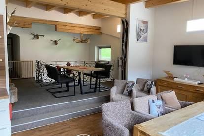 Saalbach-Hinterglemm: Penthouse / 6 Zimmerwohnung 125,48m², renoviert, möbliert, 2 Balkone, touristisch vermietbar, Parkplatz, top Lage 11 Betten !!