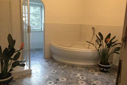 Mittersill: Großzügige 4 Zimmer Altbau Wohnung in zentraler Lage ab sofort zu vermieten
