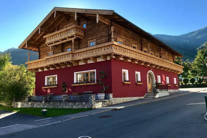 Großes Appartementhaus mit 7 Einheiten inclusive schönem Appartement im Nebengebäude mit Kitzblick in Kaprun zu verkaufen....