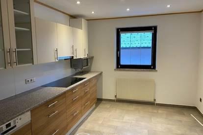 5760 Saalfelden: Große 5 Zimmer - Wohnung mit 133 m² Wfl, sehr zentral, 115m² Eigengarten , Lager-Werkstatt, Lounge !