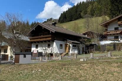 5752 Viehhofen: Sonniges, gemütliches, gepflegtes, Einfamilienhaus mit Eigengarten, Garage, 6 Zimmer, ideal auch als Personalhaus, genügend Parkplätze !!