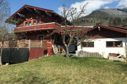 Charmantes Holzhaus nähe Kaprun, im Landhausstil mit großem Grundstück und touristischer Widmung zu verkaufen !!!!