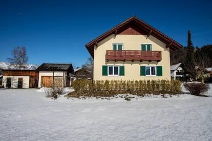 Open House am Samstag, 29. Februar um 10 Uhr! Einfamilienhaus in traumhafter Naturlage auf sehr großem Grundstück!