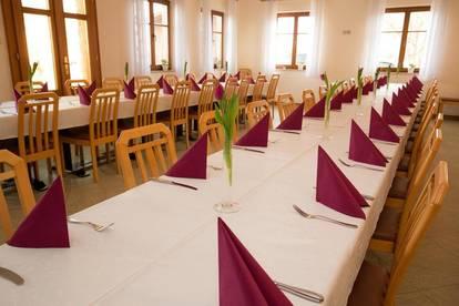 Traditionelles Gasthaus 15 km von Wels, zu pachten