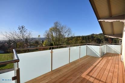 Traumhafter Panoramablick! 4-Raum-Dachterrassen-Wohnung in Neumarkt nahe dem Wallersee