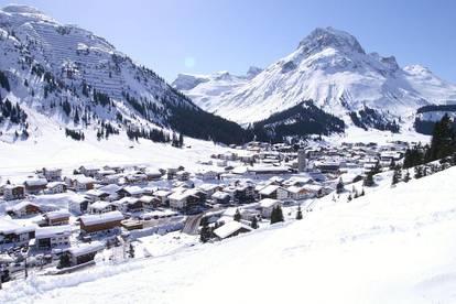 Lech Arlberg - Altes Berghaus oder Bauparzelle | Lech Arlberg - oldfashioned chalet or building plot