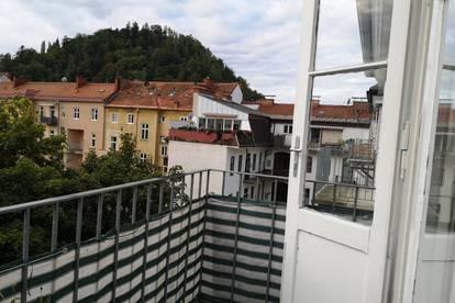 Graz - Geidorf: Zwei Zimmer Wohnung mit Balkon in guter Lage