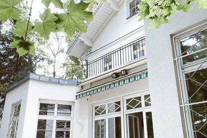 Exklusive Jahrhundertwendevilla mit Garten und Indoor Pool im prominenten Cottage Viertel