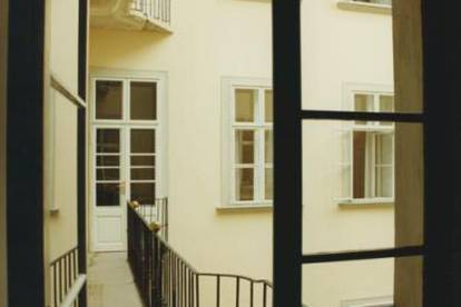 Exclusive furnished Apartment in Palais!