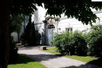 AB SOFORT: ONLINE-BESICHTIGUNG MÖGLICH! / Großzügige Schloss-Wohnung mit 2 Schlafzimmern - zuzüglich TG-Platz Nr. T017 zu vermieten