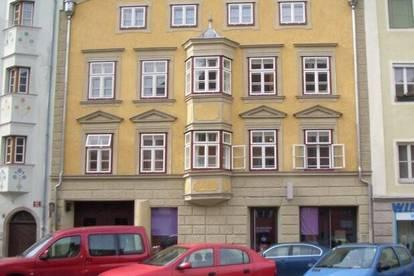 Top-Tiefgaragenplatz im Zentrum - St. Nikolaus - Innstraße 65