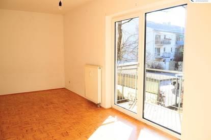 3-Zimmer-Wohnung (WG-geeignet) mit zwei Balkone, nahe der Uni - Heinrichstraße 119a - Top 12