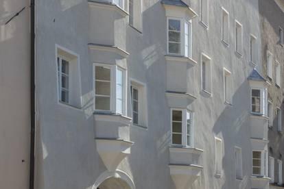 Historisches Ambiente: WG-geeignete Dachterrassenwohnung Münzergasse 1 Top 21