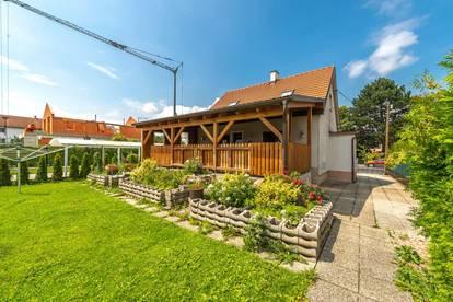 ++NEU++ Nettes Einfamilienhaus mit großem Garten u. Veranda in guter Lage!