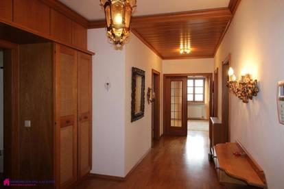 XXL Wohnung mit Wintergarten am schönen Marktplatz von Obernberg zu vermieten