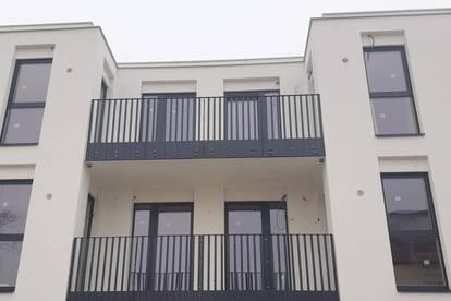 DER LETZTE SCHREI IN POTTENDORF - Nähe Bahnhof! 2 Zimmer mit Balkon! Erstbezug!
