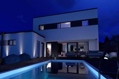 Living LUXUS- Top Ausstattung- Villa mit Pool, Doppelgarage, Garten!