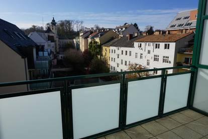 4-Zi Wohnung Altbau- zentral - mit Loggia, direkt vom Eigentümer !