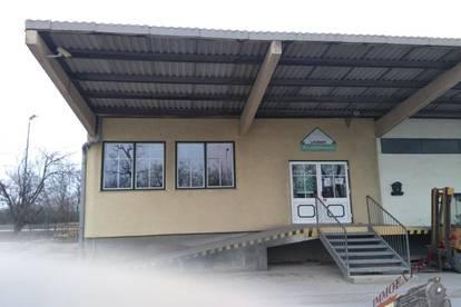 Geschäftslokal mit angeschlossenem Rampenlager