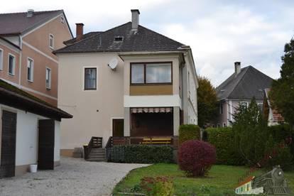 Mehrfamilienhaus für 2 - 3 Familien optimal bewohnbar