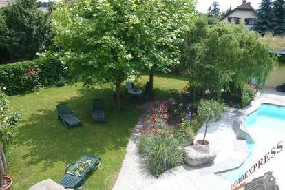 Traumhafte Landhausvilla in Schwechat mit Pool und Weinkeller !