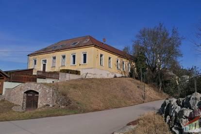Ehemalige Dorfschule am Fuße des Michelsberg