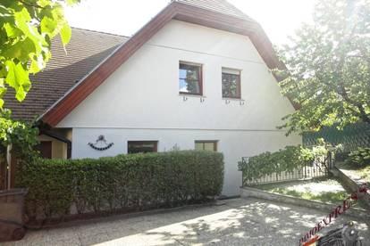 Doppelhaushälfte 105m², kleiner Garten, Parkplatz_in Zentrumslage