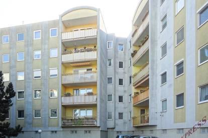 110m² Wohnung mit Loggia und Garage-Bahnhofnähe!