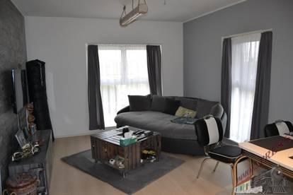 Sehr gut gelegene helle 2. Zimmer - Wohnung beim Schwimmbiotop in Fischamend mit Investablöse VB 2.900,--