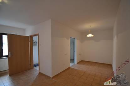 2544 Leobersdorf kleines Häuschen in ruhiger Hoflage, 3 Zimmer Alles neu , unbefristet!