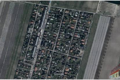 Aufgeschlossenes Grundstück an der Grenze Wien - Ruhelage - Nähe Breitenleer Straße!