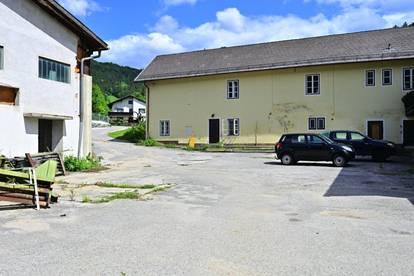 Waidmannsfeld im Piestingtal - ehemalige Betriebsliegenschaft incl. Wohn-Bürogebäude sowie Garagen und Lagerhallen