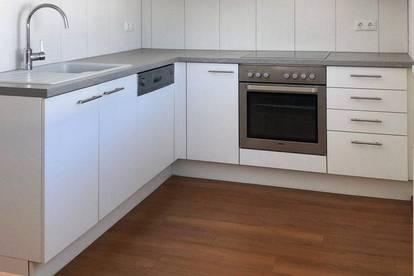 LKH-Nähe: Ruhige 3-Zimmer Wohnung mit Balkon