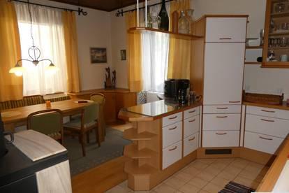 Mietwohnung mit Garten Gartenhaus sowie priv. kl. Badeplatz!