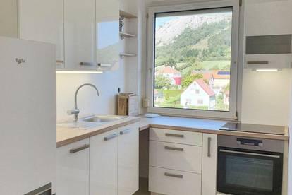 3-Zimmer-Mietwohnung neu renoviert, BIT Immobilien