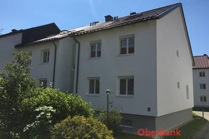 Schmuckstück in St. Magdalena! - 2 Zimmer mit Balkon und PKW-Stellplatz!